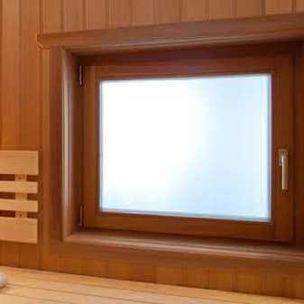 dereviyannie-okna-v-parilku-min